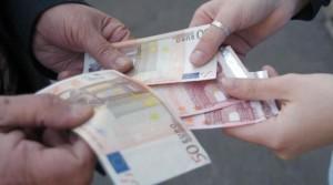 banconote_false_acquisto_biglietto_stazione_tiburtina