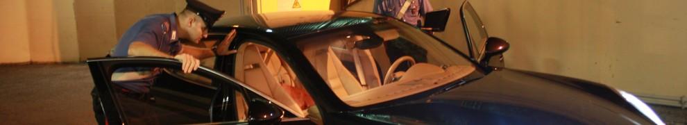 L'auto sequestrata dai Carabinieri nel corso dei controlli alla circolazione stradale